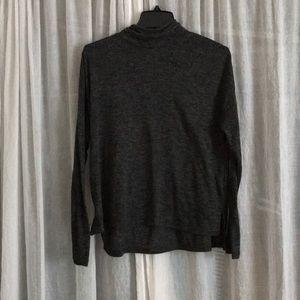 Long Sleeve High-neck Blouse